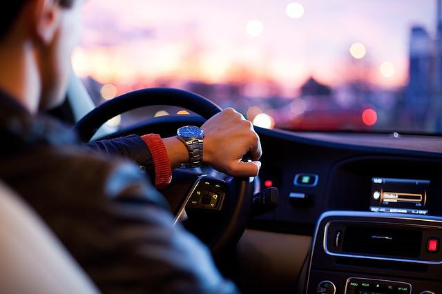 Astuces pour trouver le traceur GPS idéal