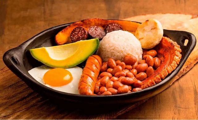 Escapade délicieusement surprenante parmi les meilleurs plats de la Colombie