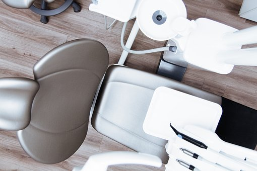 Est-ce que le blanchiment des dents est possible en période de confinement ?